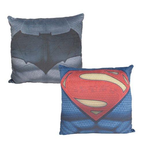 kaufe batman v superman kissen bvs 40 x 40 cm. Black Bedroom Furniture Sets. Home Design Ideas